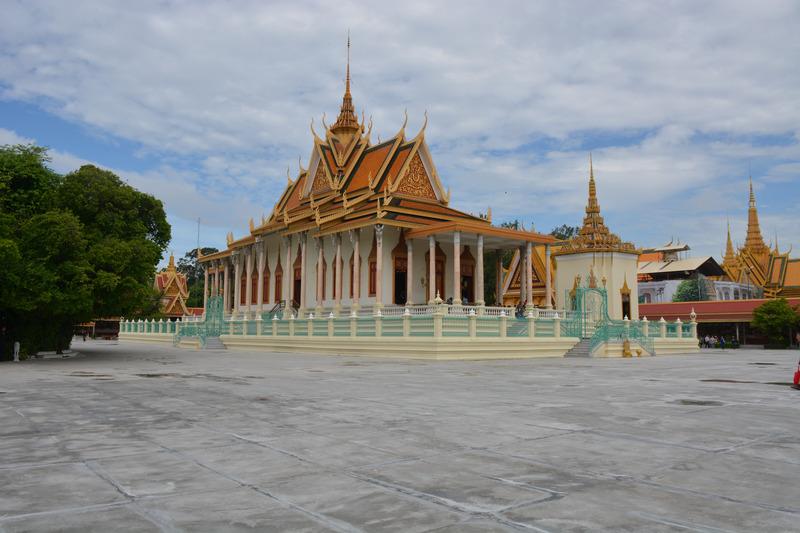 canva-cambodia,-pnom-penh,-palace,-king-MACVpOa_D9o.jpg