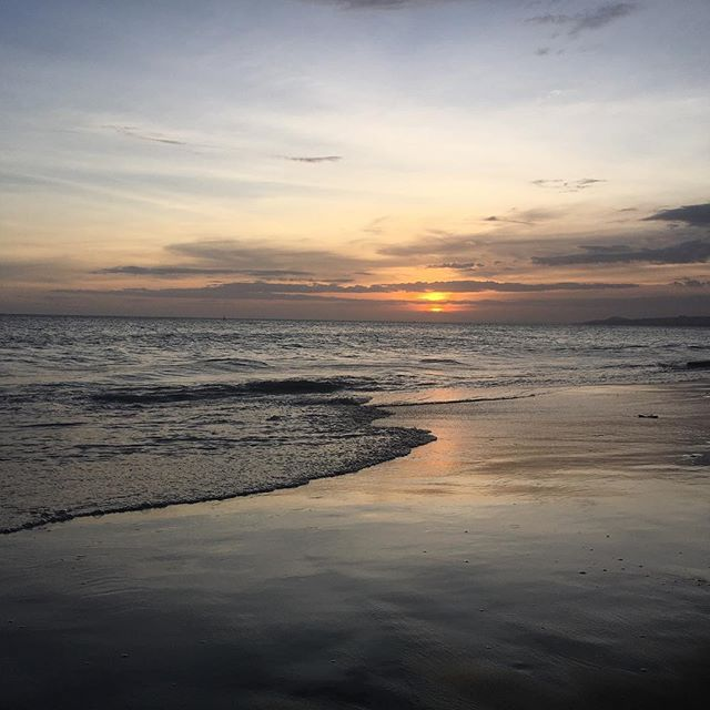 Sunset #muinebeach #nofilter . . . . . #lifestylebydesign #southeastasia #goexplore #workabroad #adventureseeker #workexploretravel #timeforachange #travel #travelling #roamtheplanet #worldtraveller #lovetotravel #asia #vietnam #instatravel #wanderlust #gapyear #wanderer #travelphotography #bestoftheday #eslteacher #esl #teachinasia #20hourworkweek #tefl #roadlesstravelled