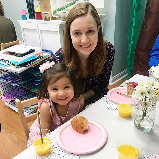 "We had so much fun at ""Moms and Muffins"" in class today! . . . . . #preschool #pink #creativearts #mothersday #momsanddaughters #momsandmuffins #love #brookfieldcenterforthearts"