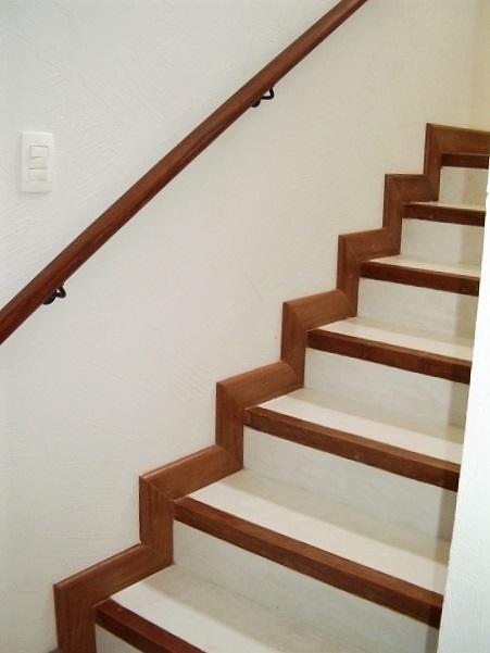 SS_escada 2 1.jpg