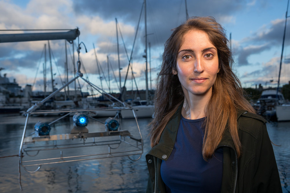 Conservation biologist Lauren de Vos uses baited remote underwater video systems (BRUVs) to inform fisheries management in False Bay, South Africa