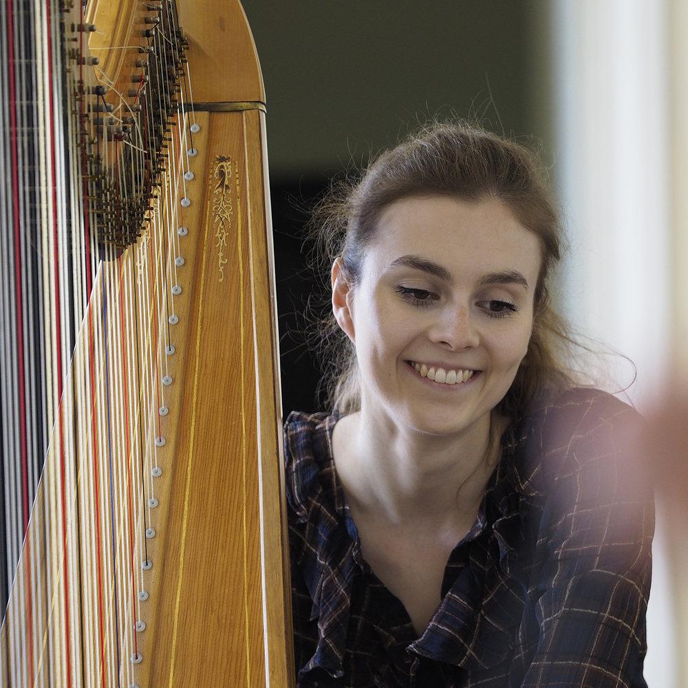 Imogen Ridge   harp