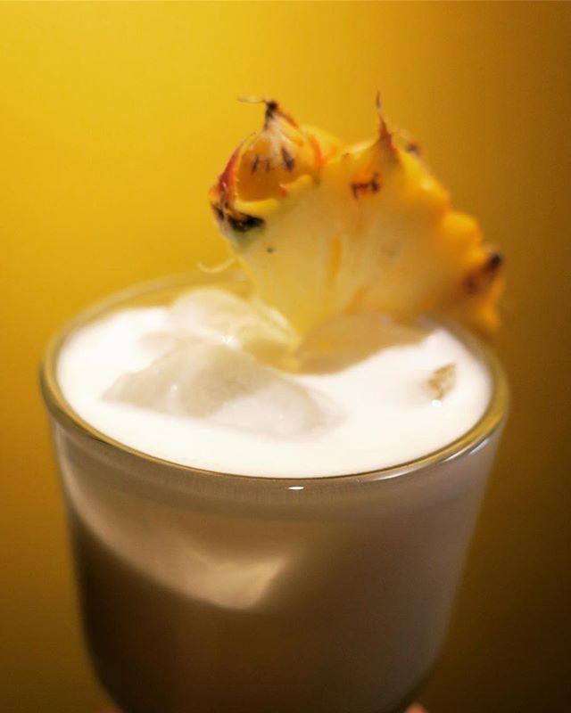 New cocktail! #borgoerum #piñacolada #pineapple #lemongrass #warungrosies