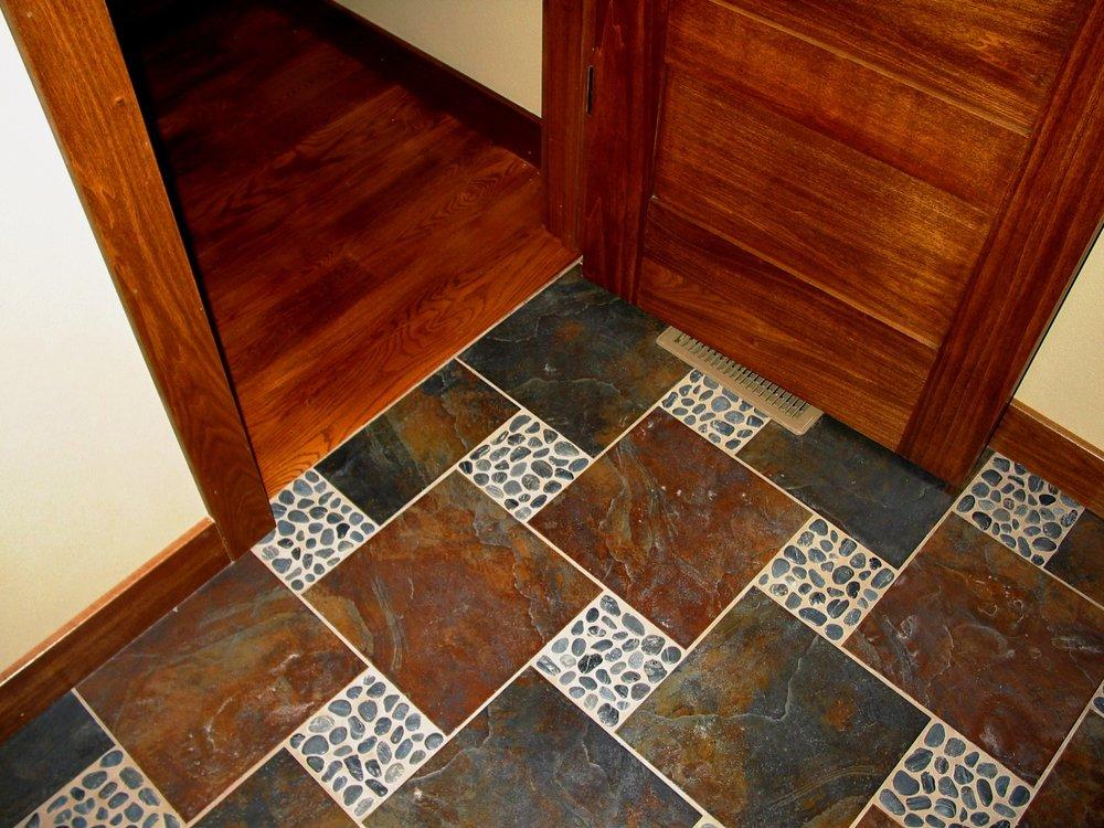2114 Powder Rm Floor.jpg