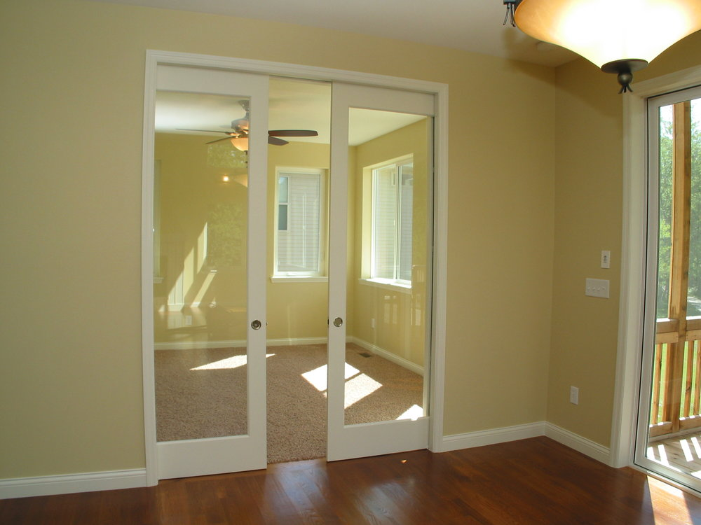 4 8' Glass Pocket Doors to Sun Room.JPG