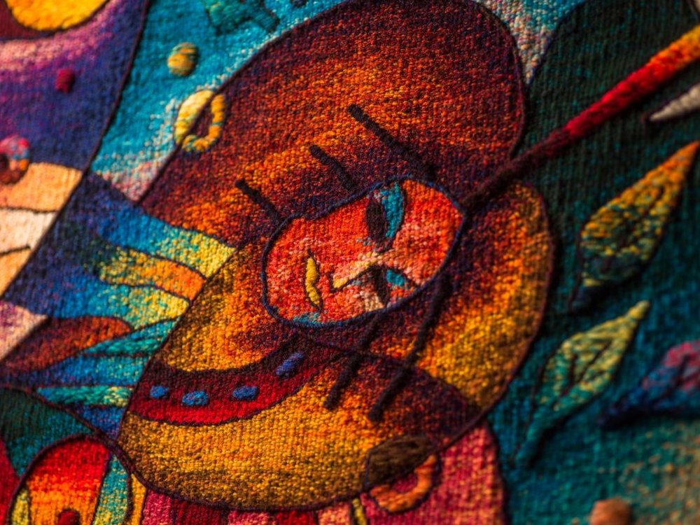 Be Inspired By Maximo Laura's Gallery - See for yourself why Maximo Laura is internationally recognised as one of South America´s pre-eminent and most unique textile artists. Wander through the vibrantly colourful gallery and marvel at the beauty of the tapestries.