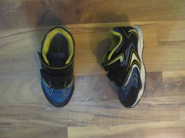 sandinshoes.jpg