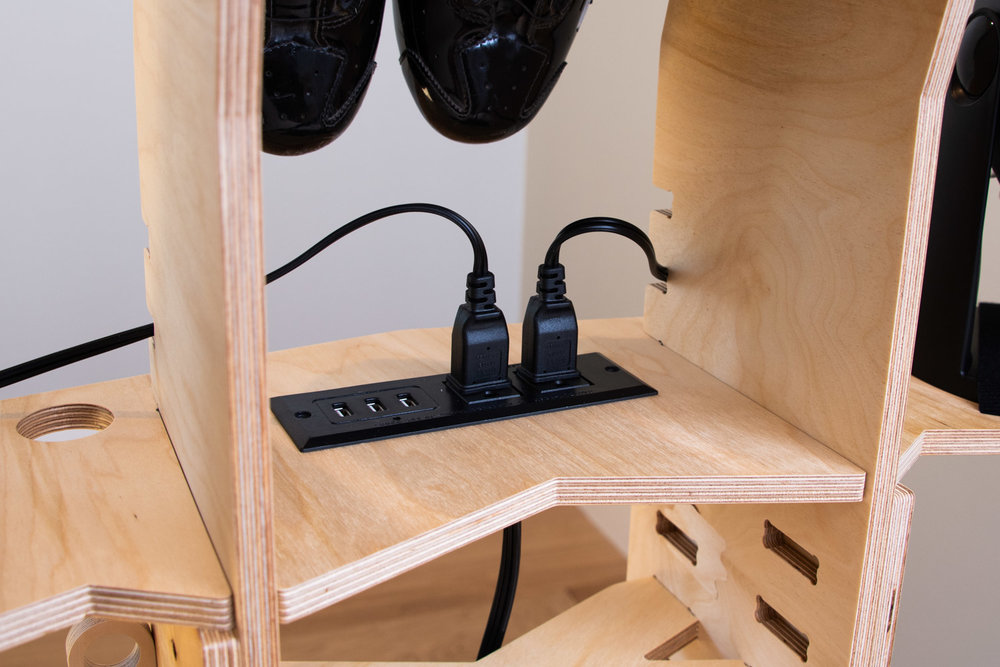 Onboard Power - An integrated power strip with both AC and USB outlets keep all your devices fully juiced.