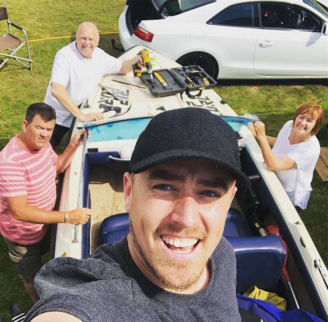 Family team building boat exercise. 🙌🏼 @ross.douglas.9828 @allideano thanks!! #fletcher #140 #salcombe2018 #salcombe #devon #speedboat