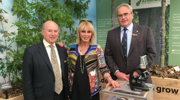 Woodland Heritage Trustee, Geraint Thomas, with Joanna Lumley and Lord Gardiner, at the launch of Action Oak at Chelsea Flower Show