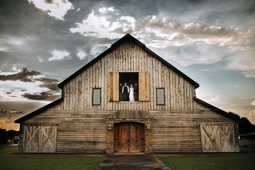 Augusta, KS - Modern wedding