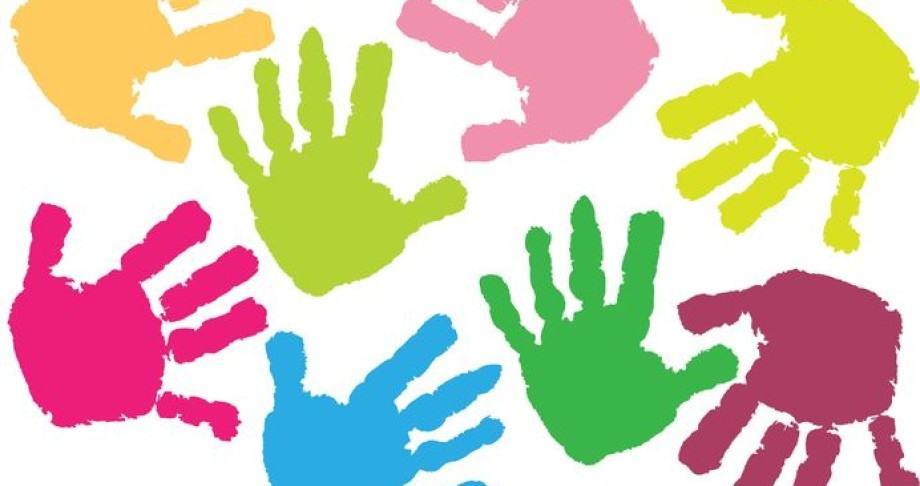 Childrens-hand-prints-920x486-1423741957.jpg