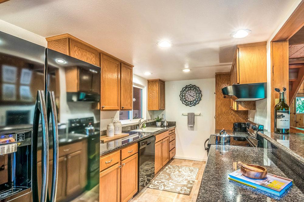 kitchen- 031.jpg