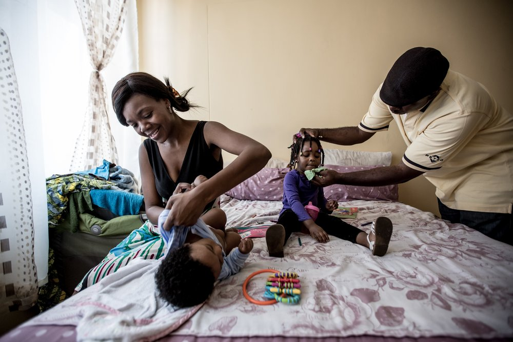 Frank and Sharon care for their family in Johannesburg, South Africa. Copyright Mobile Alliance for Maternal Action. Photograph by Karin Schermbrucker
