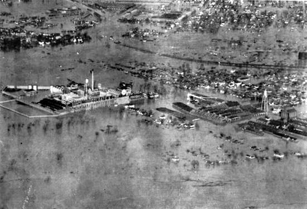 Aerial image of the property during the 1937 flood.