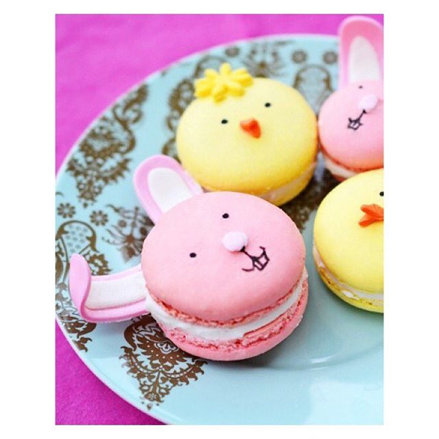 How adorable are these bunny macaroons? 🐣🐰 I hope everyone has an awesome day with family & friends! Happy Easter, everyone! #MuddledMillennial #HappyEaster #LifestyleBlog #Blogger #WritersLife #WritersofInstagram