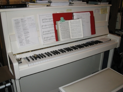 Duane's piano in his home.......