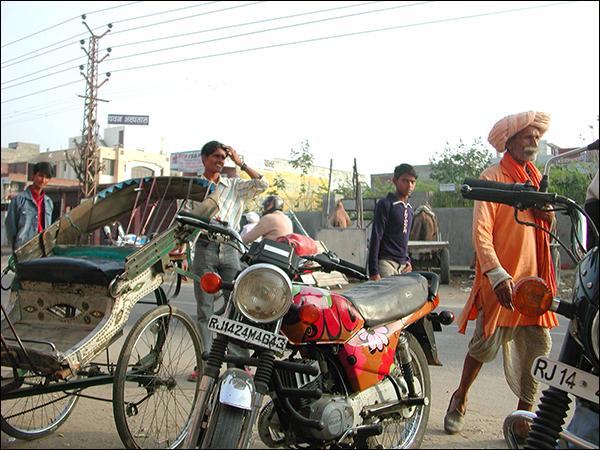 Bikes rickshaws men.jpg