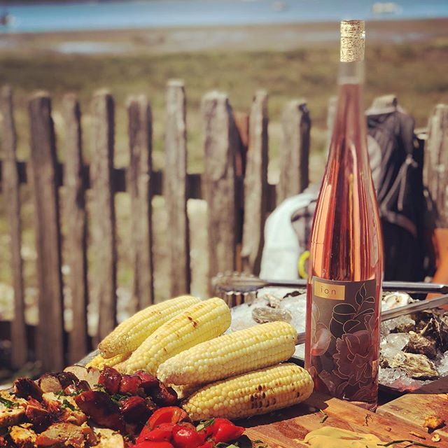 Our 2017 magnums of rosé go best with sunshine, oysters and mucho amigos.