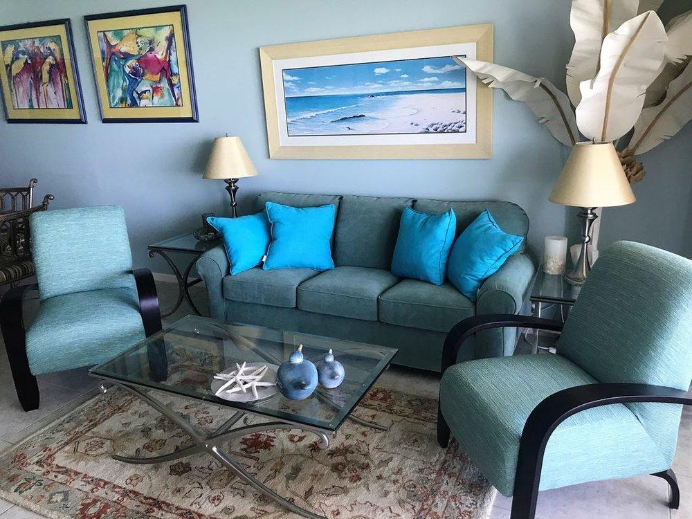 15W Livingroom.jpg