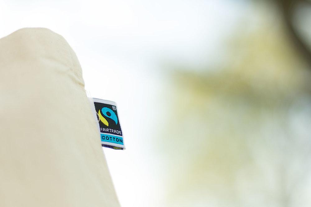 Vi kan levere handlenett i Fairtrade bomull, med påsydd Fairtrade-tag.