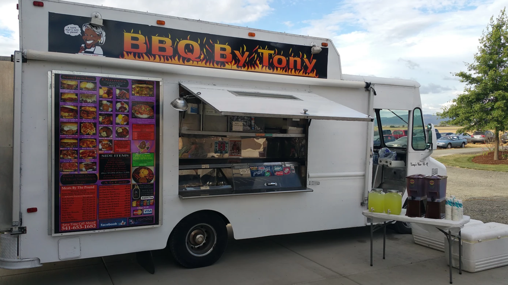 food truck bbq by tony.PNG