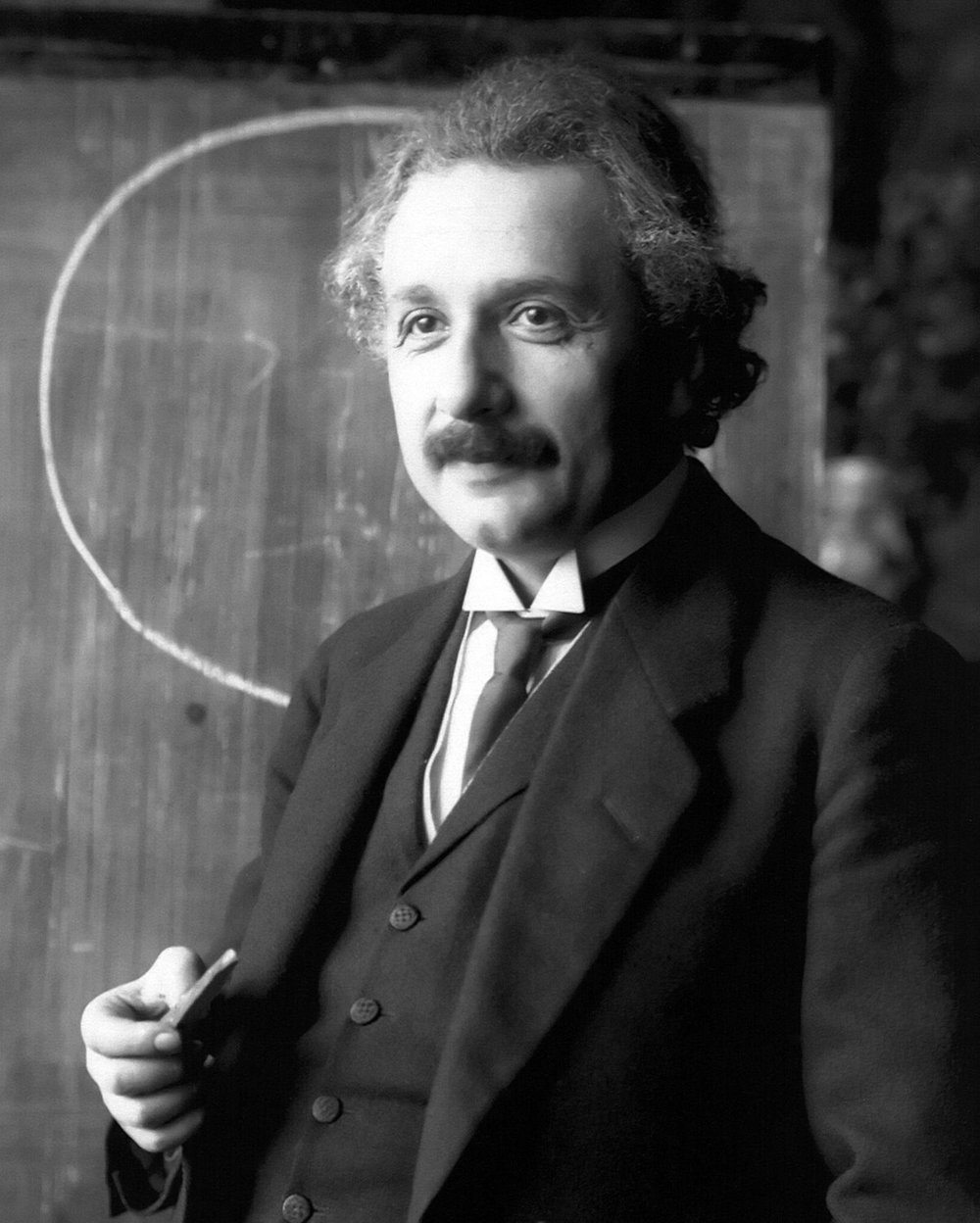 Albert Einstein_Bio_Pic1.jpg