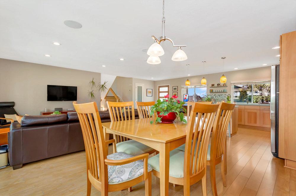 355 W Seaview Dr Benicia CA-large-005-7-Dining Room 2a-1500x999-72dpi.jpg