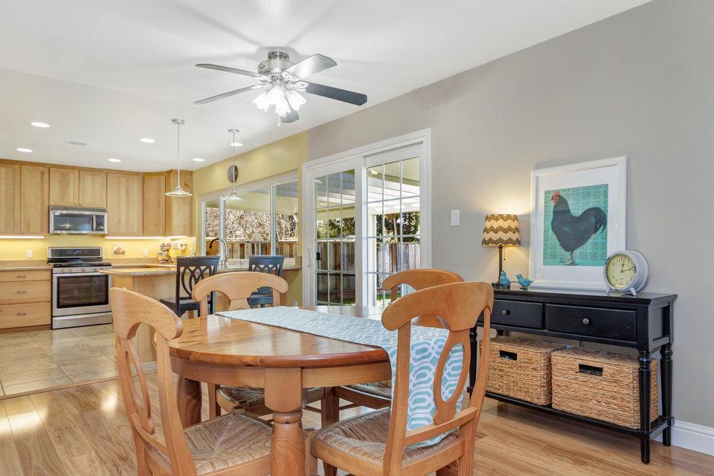 2135 Casa Grande Street-print-009-24-Dining Room 3a-4200x2799-300dpi.jpg