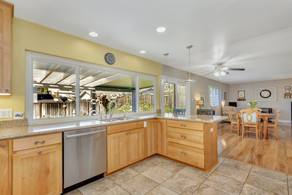 2135 Casa Grande Street-print-014-25-Kitchen 4a-4200x2798-300dpi.jpg