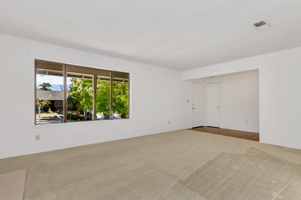 180 E Seaview Dr Benicia CA-print-005-14-Living Room 3a-4200x2799-300dpi.jpg