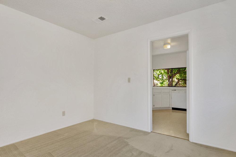 180 E Seaview Dr Benicia CA-print-007-5-Dining Room 2a-4200x2799-300dpi.jpg