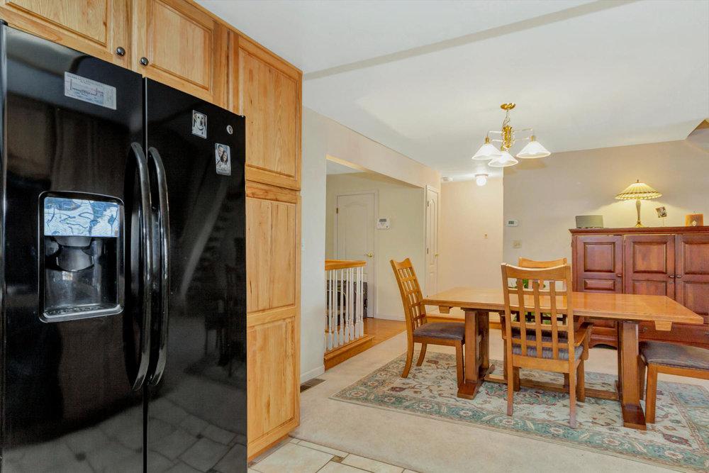 1302 W 13th St Benicia CA-large-012-6-Kitchen 3a-1500x1000-72dpi.jpg