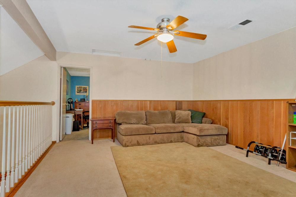 1302 W 13th St Benicia CA-large-028-25-Loft Room 4a-1500x1000-72dpi.jpg