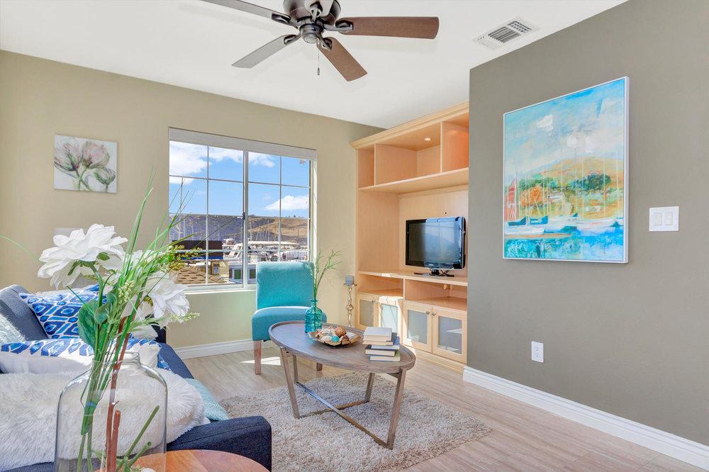 358 East E Street Benicia CA-large-020-20-Family Room 2a-1500x1000-72dpi.jpg