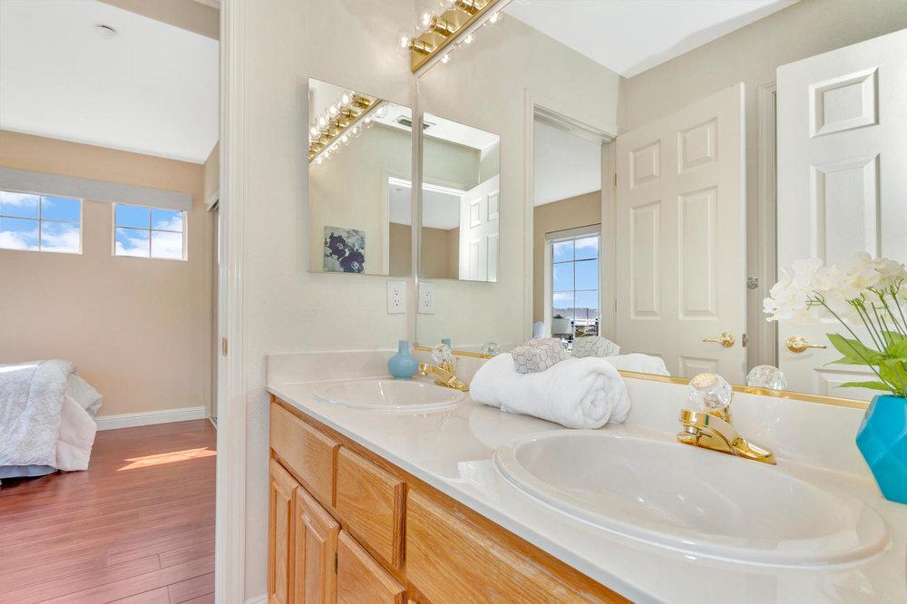 358 East E Street Benicia CA-large-029-19-Bathroom 1a-1500x999-72dpi.jpg