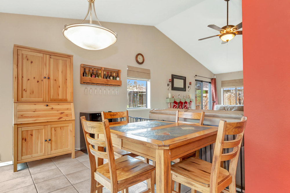 530 Laurel Ct Benicia CA 94510-large-009-13-Dining Room 2a-1500x1000-72dpi.jpg