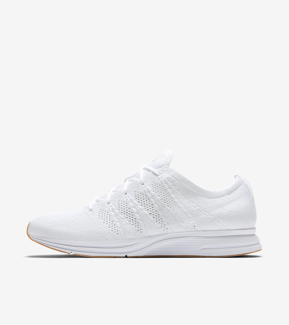 Although it debuted as a running shoe in 2012, the  Flyknit Trainer's  fast look made it an instant sneaker favorite. Its versatile combination of  Flyknit  and Zoom Air keep up with you everywhere: from Monday to Sunday, from the gym to the streets, from your morning run to your coffee run and everywhere in between. Now available in white.