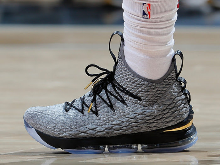 Lebron XV  The LeBron 15 features Battle Knit—a type of Flyknit material designed specifically for LeBron—for stretchy support, ultra-lightweight flexibility, and a locked-in feel. A powerful combination of cushioning is designed to meet the demands of explosive players. The Wolf Grey color is timeless and versatile—great for on or off the court.     DISCOUNT : $37