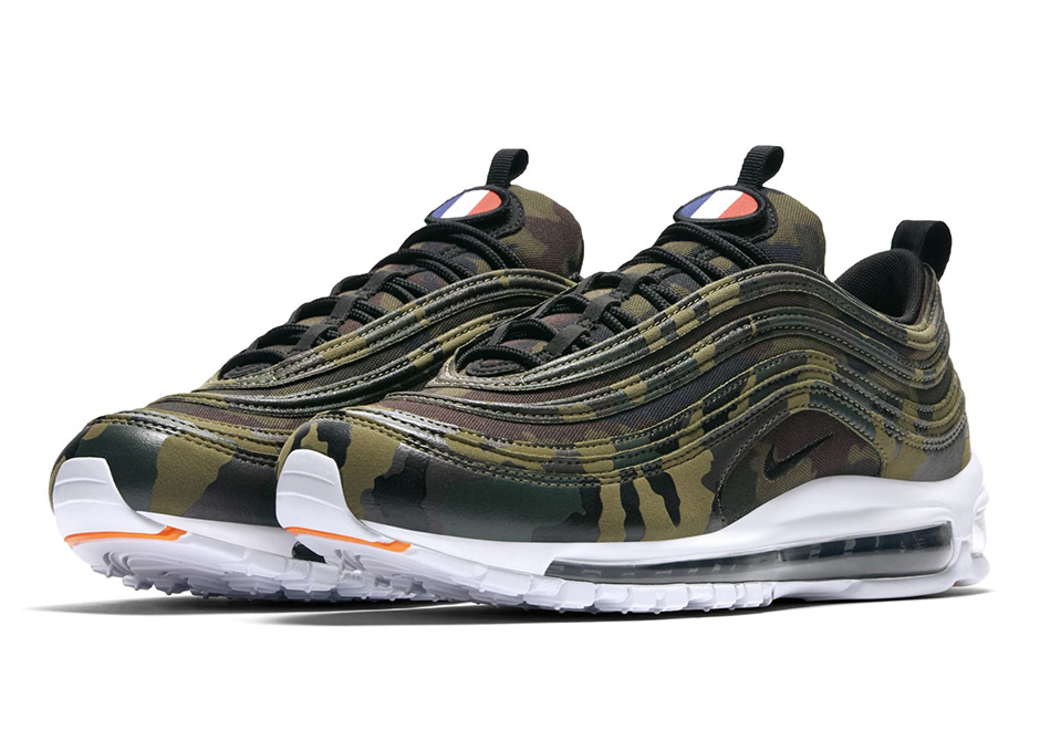 "This camo colorway, from the ""Country Camo Pack"" is yet another sleek version of the Nike Air Max 97. Decked out in a camo all-over print upper, classic see-through bubble, black synthetic lining, white mid-and outsole as well as its signature integrated lacing system making it a great fit for your countryside trip or you`re out with the dog, just make sure your mom doesn't see them, she won't like the military touch.  1997 marks the year when the Nike Air Max 97 saw the light of day. Designed by Christian Tresser and inspired by a rain drop in a paddle, this model became one of the more futuristic looks back in the days and keeps pushing the bar now for more than 20 years. Its industrial inspired charm, full-length air bubble and wavy lines made the shoe one of the most beloved model in Nike history, not just in Italy."