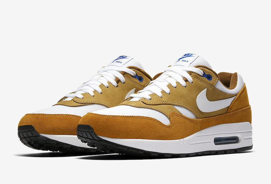 The Nike Air Max 1 gave the world its first glimpse of Nike Air cushioning back in 1987. The Nike Air Max 1 Premium Retro Men's Shoe refreshes the classic design with premium materials for an elevated look