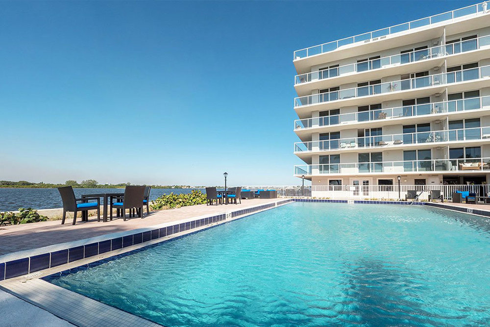 2560 South Ocean - Luxury Oceanside condos in Palm Beach, FL- available seasonally and annually.