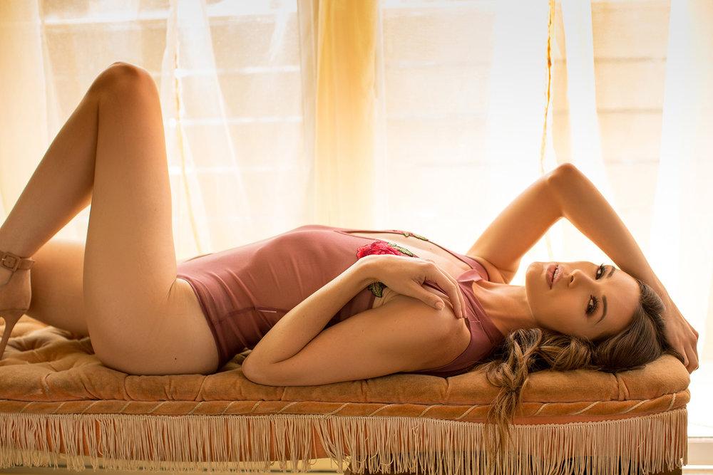 Marissa-boudoir-Leucadia-Photographer-beach-encinitas015.jpg