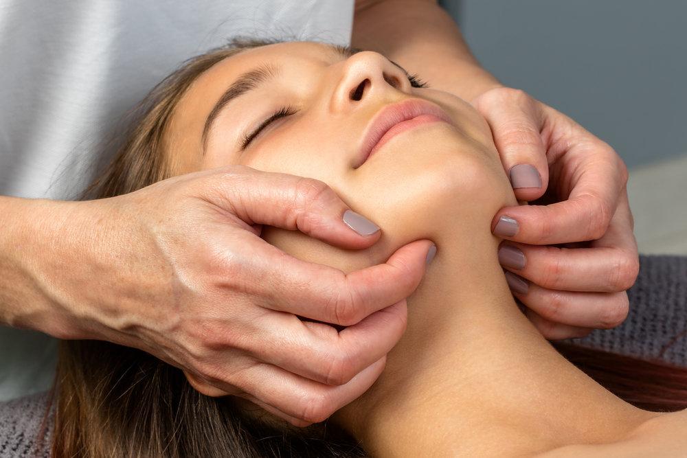 Treatment technique for TMJD.