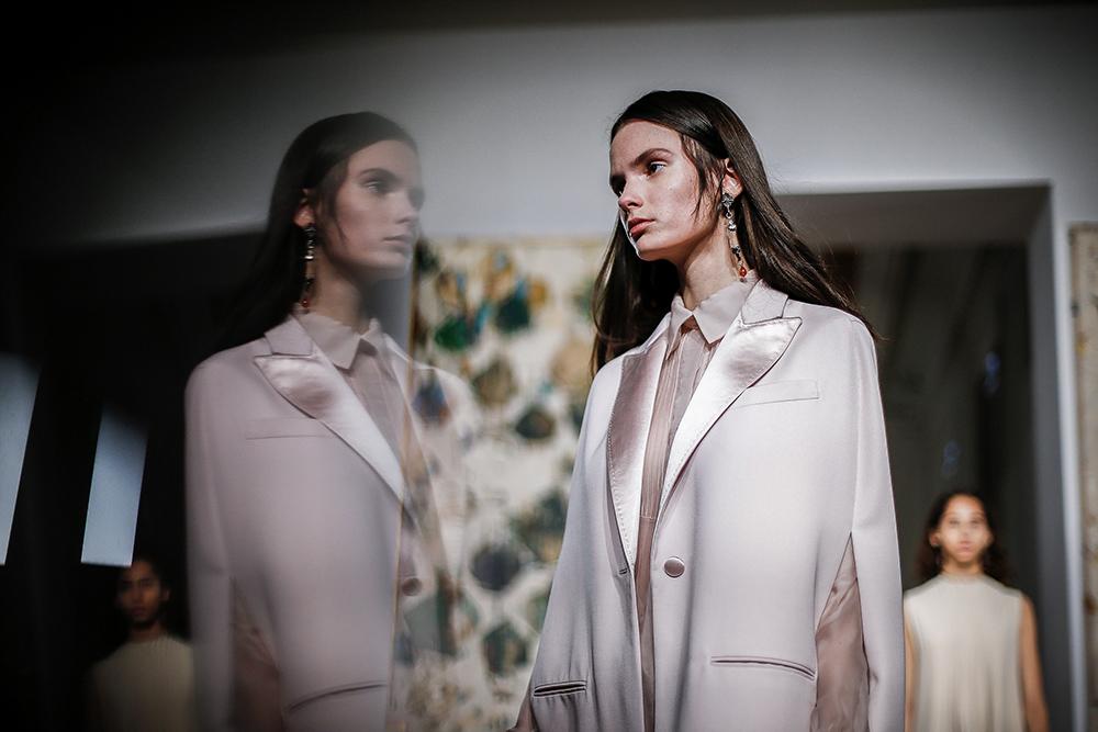 Pierpaolo Piccioli - Valentino,Spring 2017 Couture ©Yannis Vlamos