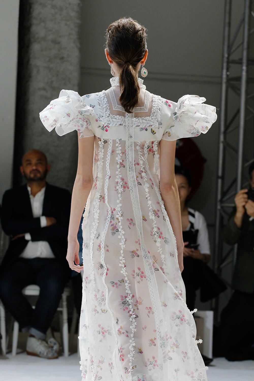 Giambattista Valli Fall 2016 Couture, @Alessandro Garofalo
