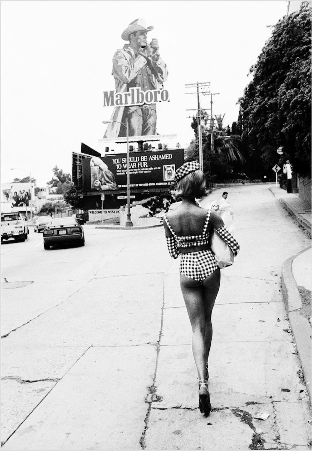 ELLEN VON UNWERTH  Sunset Strip II, Los Angeles, (1991)  70 x 100 cm  Black & white print on Baryté paper