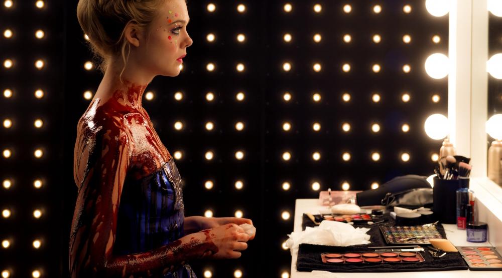 Elle Fanning «The Neon Demon» Film Still © Gunther Campine