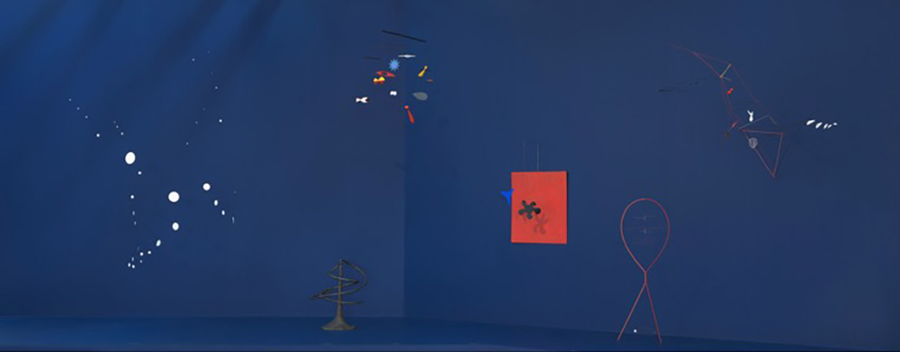 Installation view, Calder Hypermobility, Whitney Museum of American Art, New York. © 2017 Calder Foundation, New York / Artists Rights Society (ARS), New York