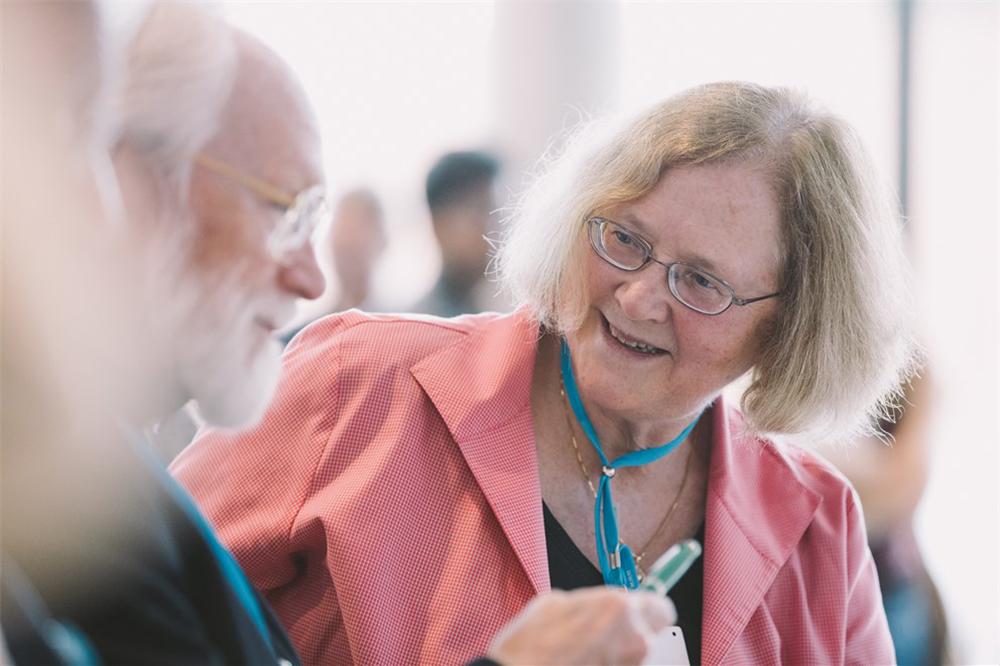 Elizabeth Blackburn at the 68th Lindau Nobel Laureate Meeting Photo courtesy of Lindau Nobel Laureate Meetings